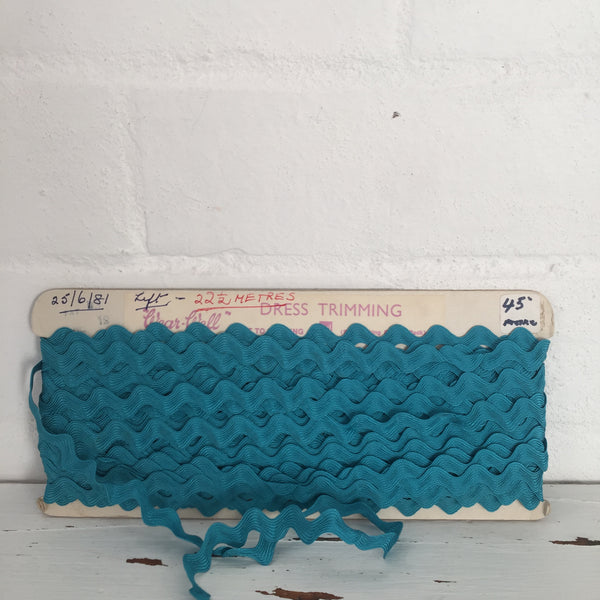 Vintage Fun Ric Rac Sewing Trim Craft RETRO Colour Teal