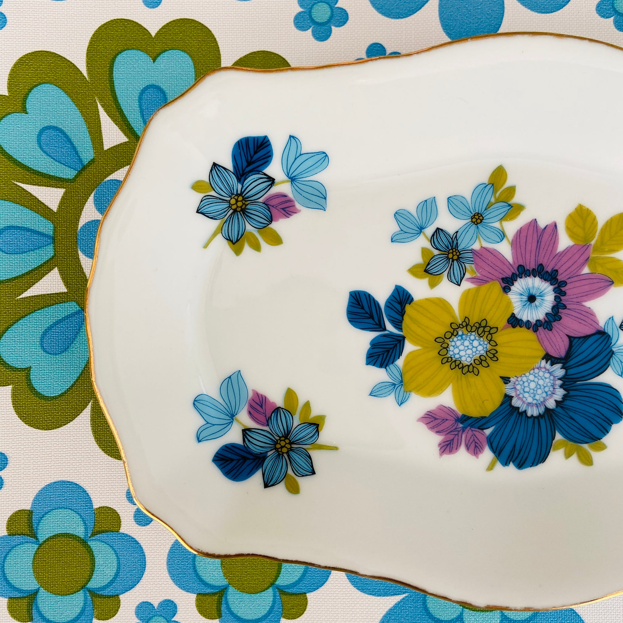WESTMINSTER Plate FABULOUS Colours & Design Kitchen