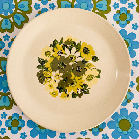 JOHNSON of AUSTRALIA Plate GREEN Retro 70's Floral KITCHEN