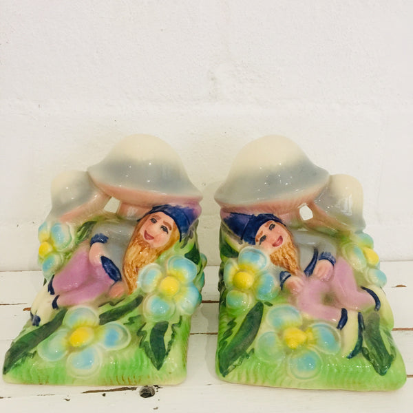 VINTAGE Elf Bookends Bouquet Collectable Statue Kitsch BOOK ENDS