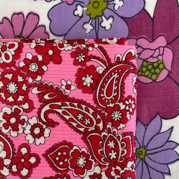 230cms VINTAGE BRIGHT Retro Pink Floral UNUSED FABRIC Sewing Craft
