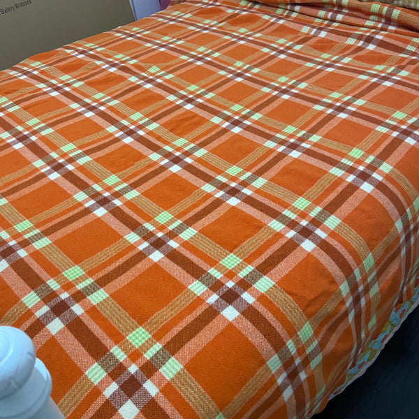ORANGE Blanket Checked RETRO Bedroom Clean Vintage 70's Charm