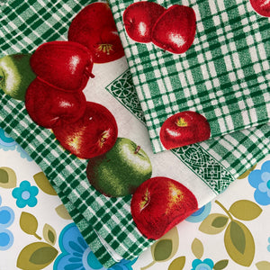 BRIGHT Apples Tea Towel Cotton Green Checked Kitchen