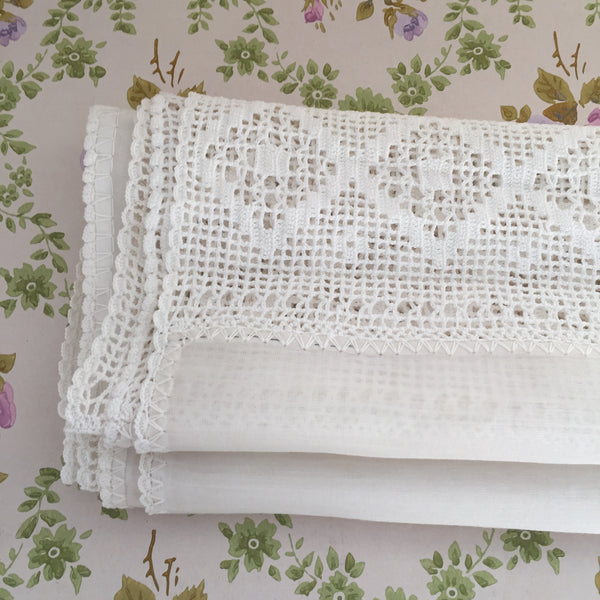 VINTAGE White Embroidered Lace Table Runner PILLOW Bed Topper DIVINE