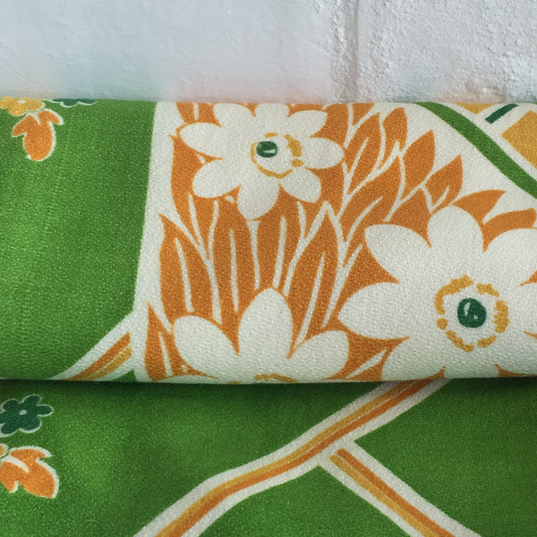 ADORABLE Table CLOTH Cotton 60's PRINT Green  Orange Kitchen RETRO Shabby FLORAL