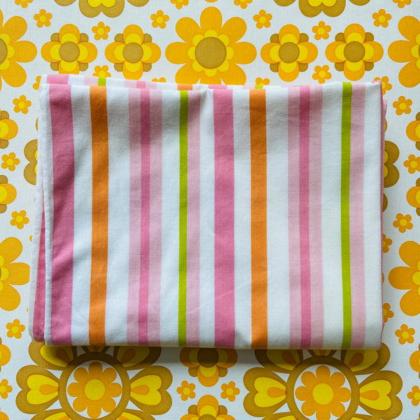 PAIR of Vintage Retro Pillow CASES Candy Stripe BRIGHT Excellent Cond