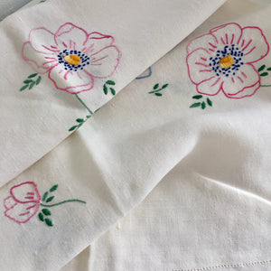 Handmade VINTAGE Table Cloth LINEN Embroidered Stitch Work 50's