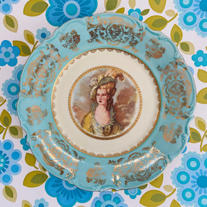STUNNING Display Plate Blue & Gold Lady Vintage Ready to Hang