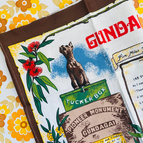 GUNDAGAI NSW Vintage Collectable Souvenir Tea Towel