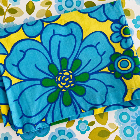 Bright Unused Cotton Pillow Case RETRO Fun Linen