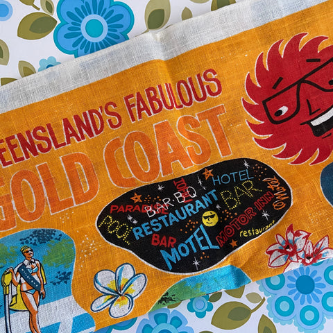 Gold Coast Bright Unused Tea Towel Souvenir Collectable