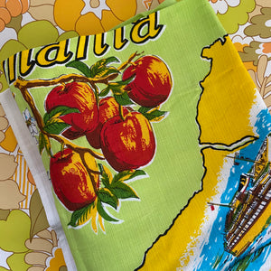 TASMANIA Unused Retro Collectable Souvenir Table Cloth BRIGHT