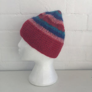 HANDMADE RED Stripes Market Footy Knitted BEANIE Winter ADORABLE Unused