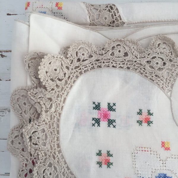 HUGE UNUSED Petit Point Embroidered Table Cloth Napkins