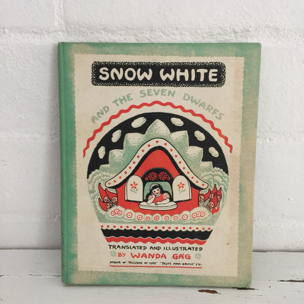 Snow White Book Hard Cover VINTAGE Children's Read