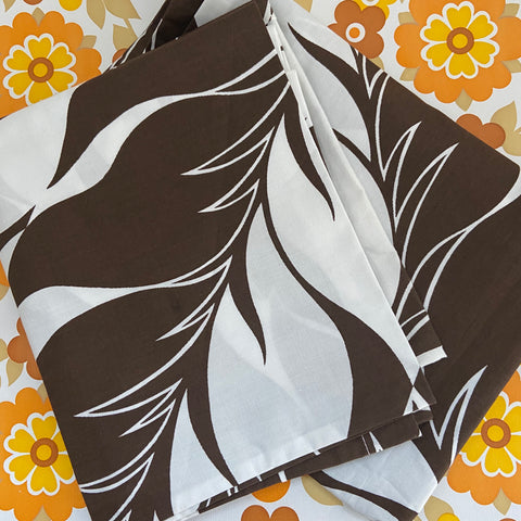 Brown Cotton UNUSED Retro Pillow Cases 70's Home