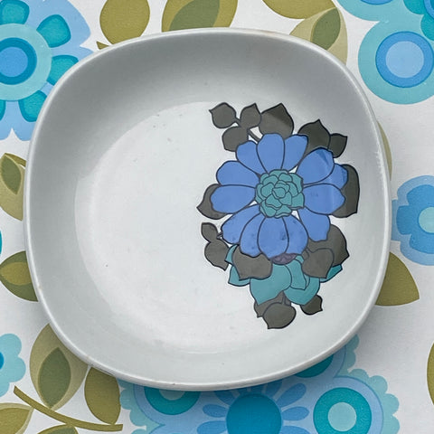 Wonderful RETRO Trinket Plate MYOTT Blue Floral