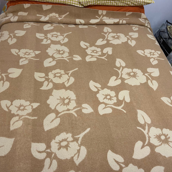 INVICTA Patterned Blanket Lovely Neutral Colours