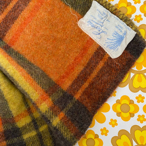 Laconia Pure Wool Fabulous RETRO Colours Orange & Grey