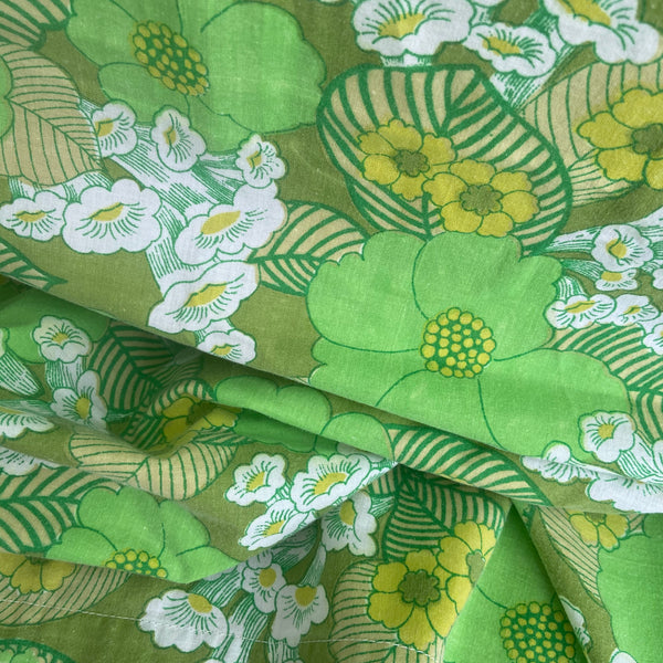 GREEN Retro Cotton Sheet FLORAL Sewing Craft NO FILTER