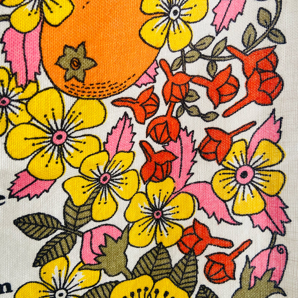 Stunning Vintage Tea Towel LOVE this Print RETRO Kitchen