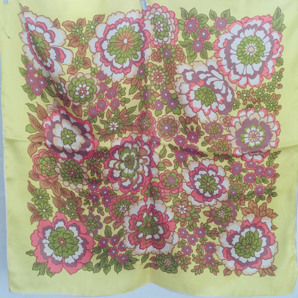 Beautiful Vintage Scarf Yellow RETRO Fabric 70's Chic
