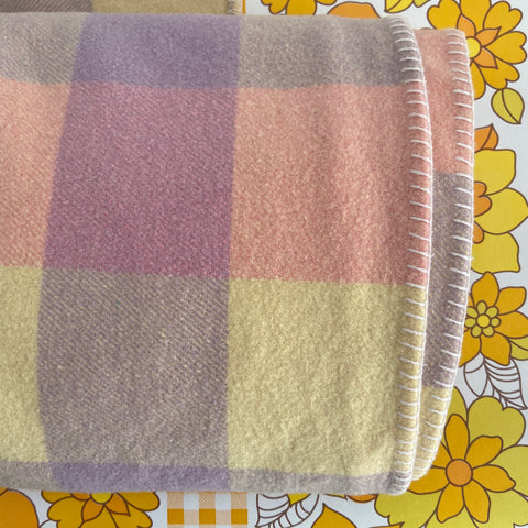 Albany All Pure Wool BLANKET Checked Pretty Colours VINTAGE