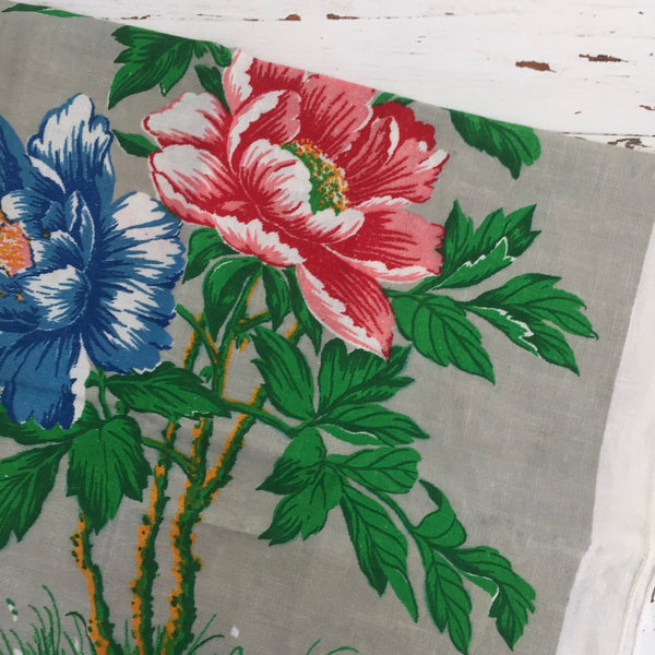 STUNNING All Cotton VINTAGE Floral Tea Towel BOLD Print