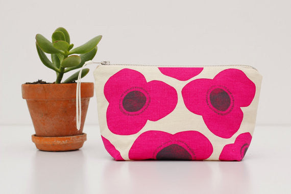 Poppies Pouch - Perfect Clutch Make Up Bag - Pink Peacock  - 1