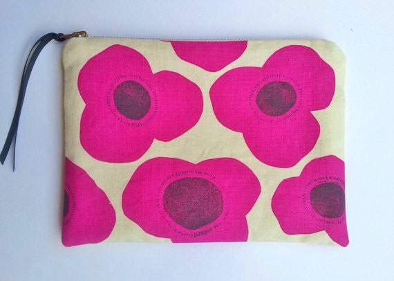Poppies Pouch - Perfect Clutch Make Up Bag - Pink Peacock  - 3