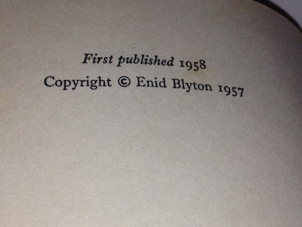 The Birthday Kitten Enid Blyton 1958 Hardcover Vintage Book - Pink Peacock  - 4