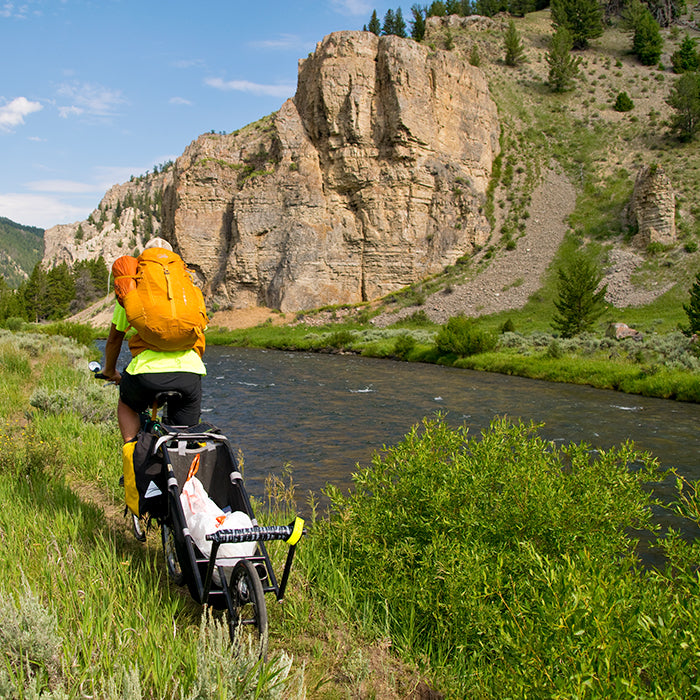 Klean Ambassador Sean Jansen biking the Gallatin River