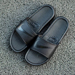 NIKE SANDAL Benassi All Black