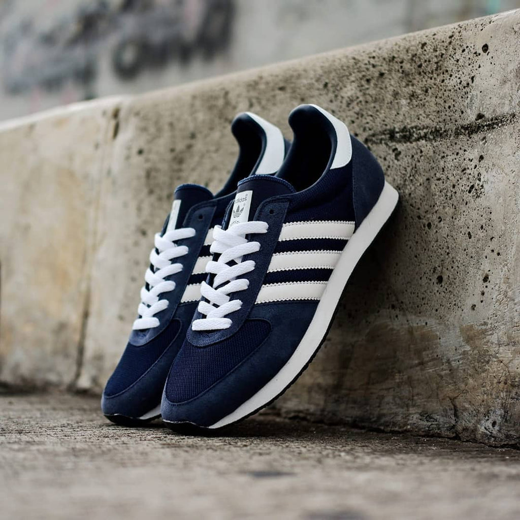 online store 98b53 10ed9 Adidas ZX Racer Navy White BNWB - (Size Men Complete)