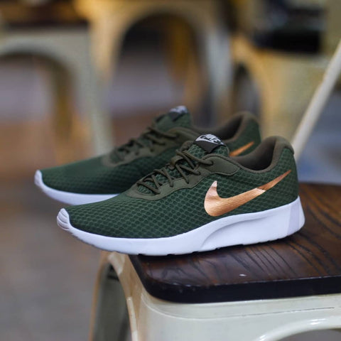 NIKE Tanjun Green Gold - (36, 36.5, 37.5, 38, 39, 40)