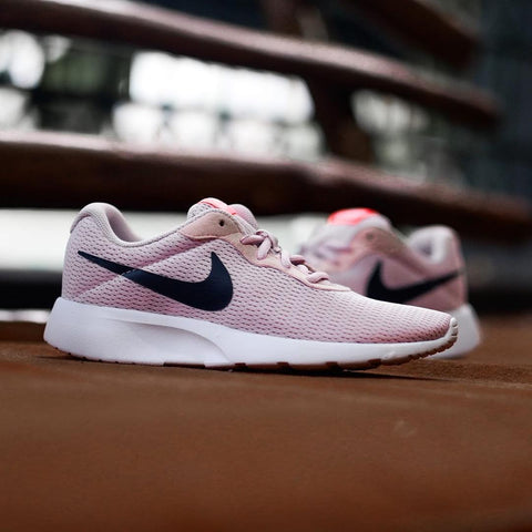 Nike Tanjun PEACH BLACK 36, 36.5, 37.5, 38, 39, 40