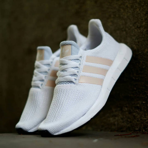 ADIDAS SWIFT RUN White Peach 36 2/3. 37 1/3. 38, 38 2/3. 39 1/3. 40