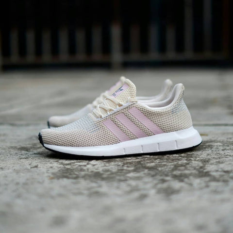 ADIDAS SWIFT RUN Cream Pink  36 2/3. 37 1/3. 38, 38 2/3. 39 1/3. 40