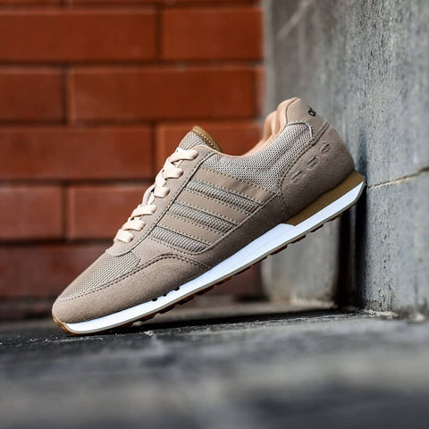 Adidas Neo City Racer Flax Gum Sole  BNWB - Size Complete