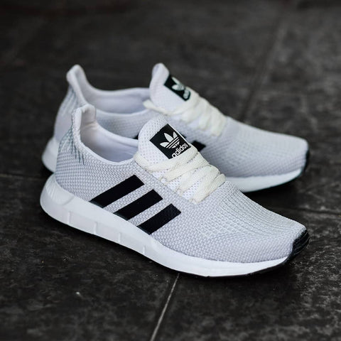 Adidas SWIFT RUN White Black