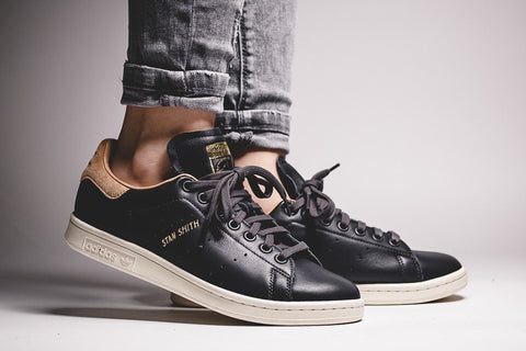 Adidas Stan Smith Utility Black - (36 2/3 sampai 40 2/3)