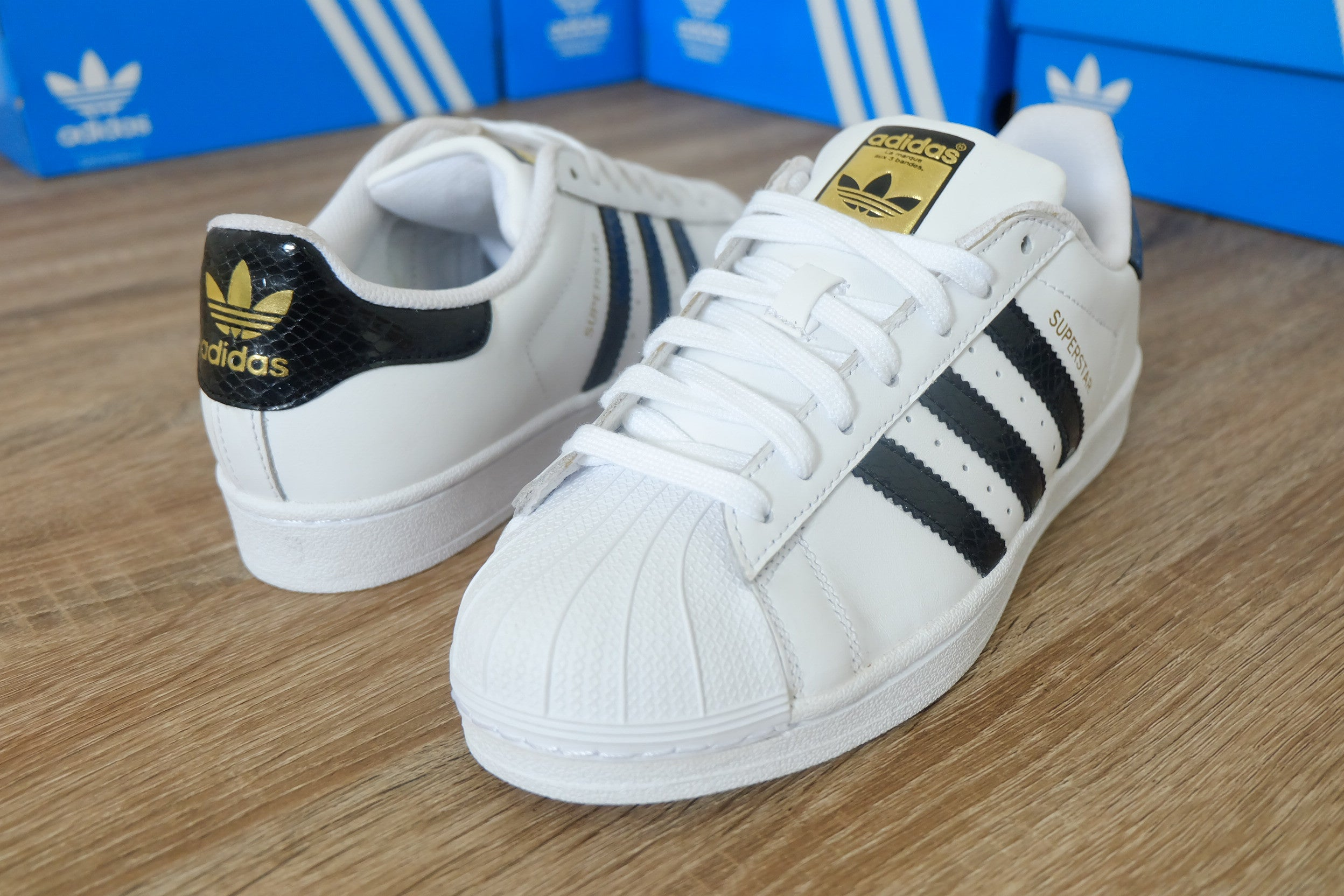 990ad92d551c9 ... promo code for adidas superstar diamond adidas superstar foundation  white snake 40 2 3 hingga 44