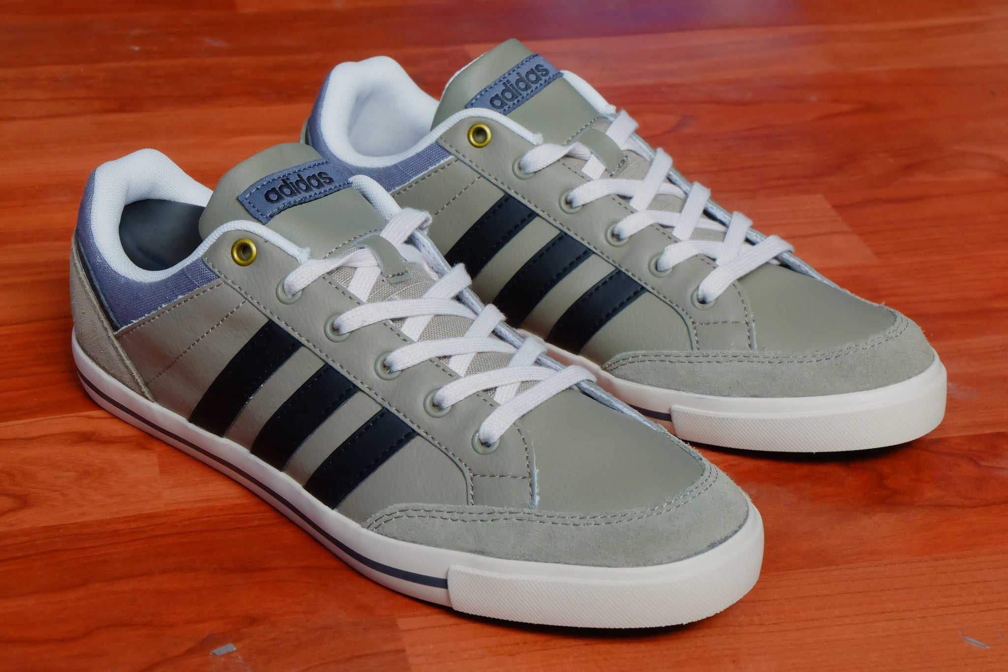 official photos 56788 0b057 ... best price adidas neo cacity leather green navy sold out .
