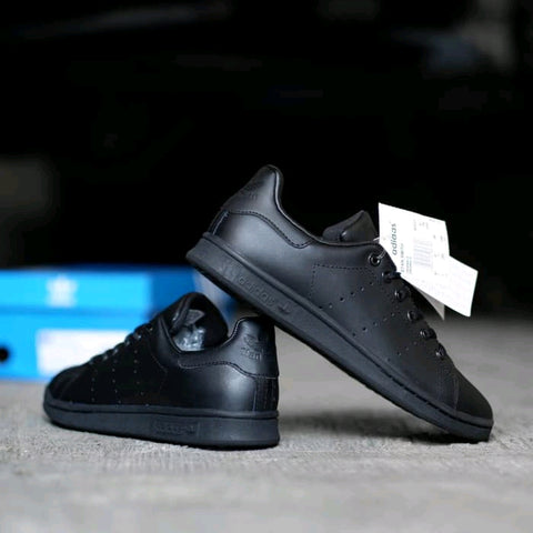 Adidas Stan Smith All Black (BNWB)