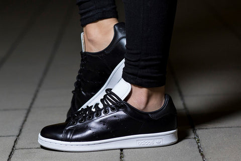 Adidas Stan Smith Trainers In Black ( SIZE 46)