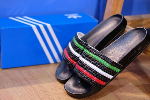 ADIDAS ADILETTE Black Italy (Size Men Complete)