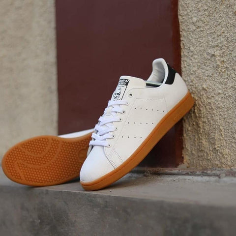 Adidas STAN SMITH White Black Gum (BNIB)