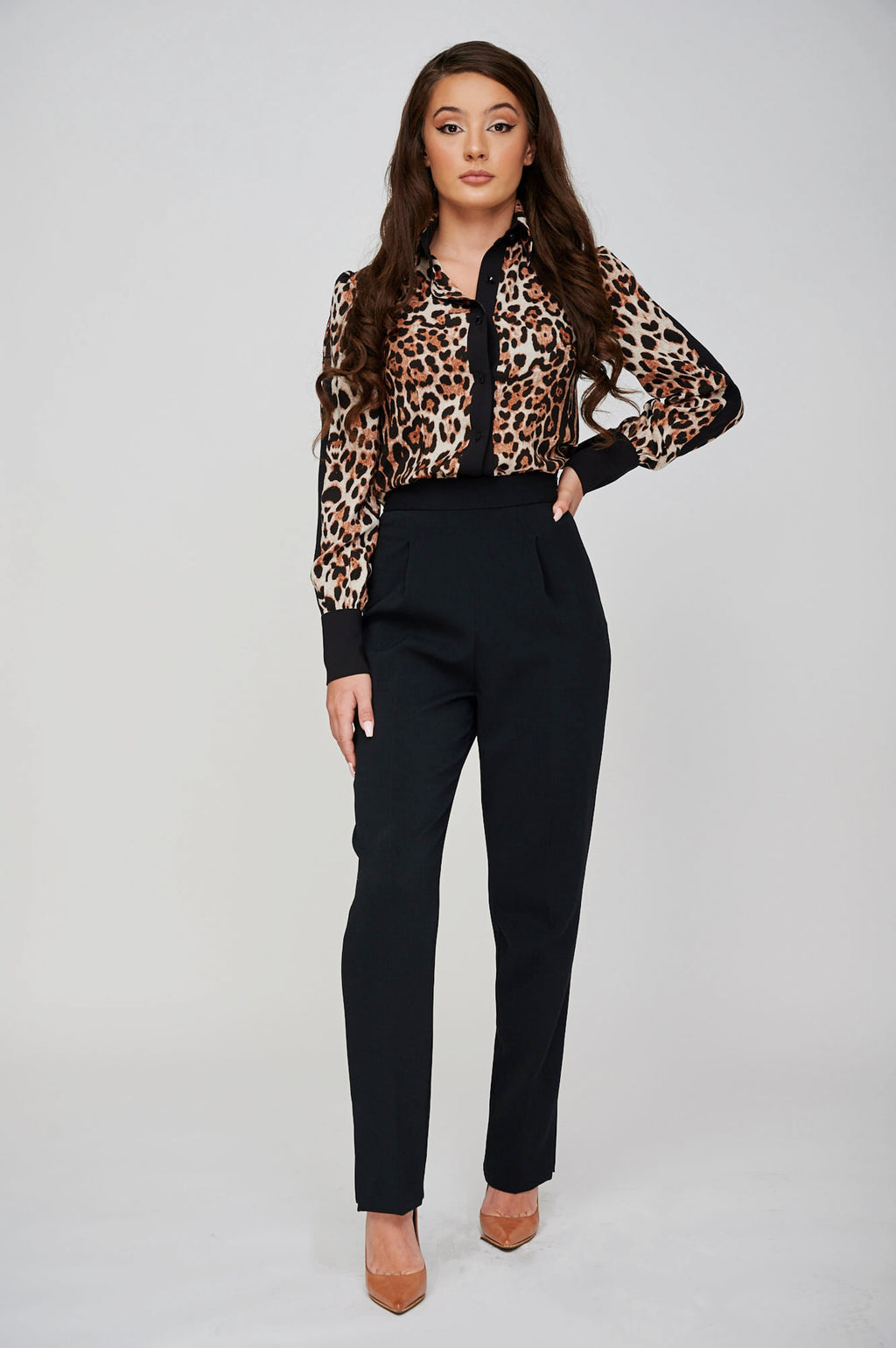 The DESMA Classic Waisted Trousers Front
