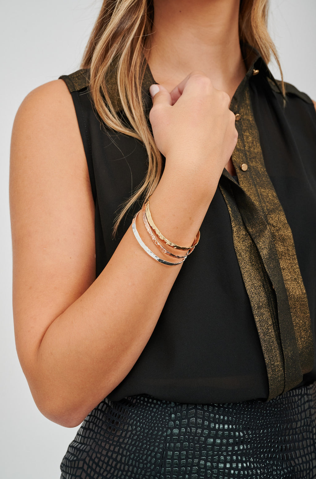 Enyo Gold Single Bracelet