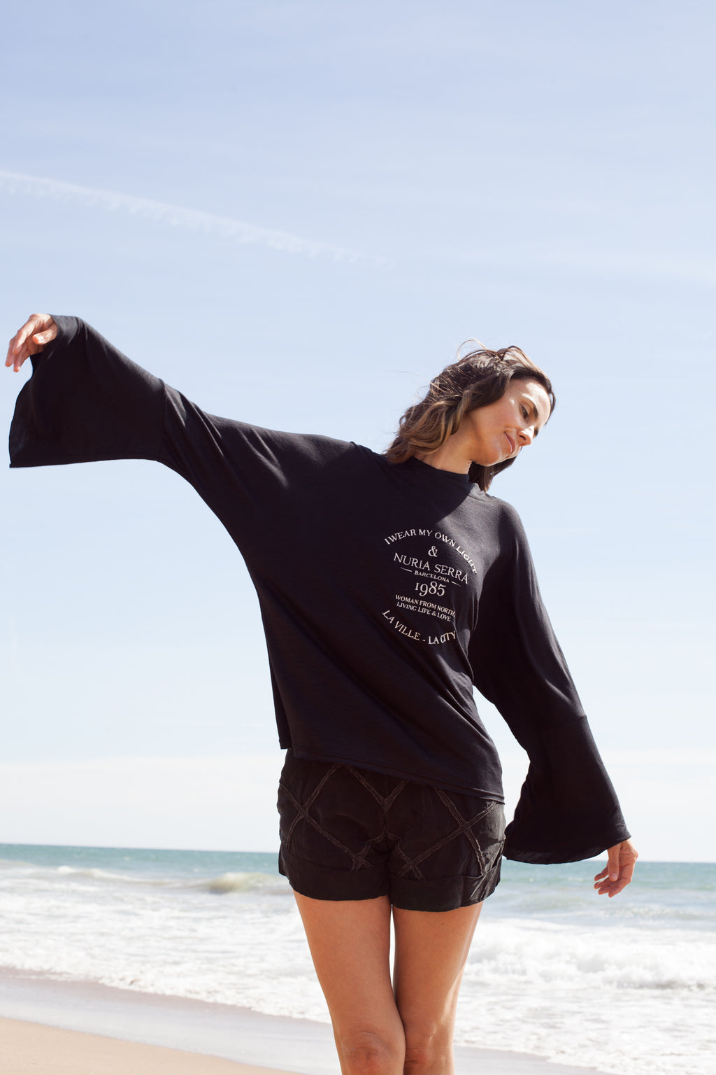Sweater Black Manifesto - NuriaSerraBarcelona